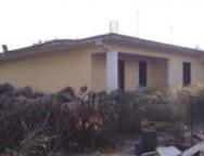 Rosarno,Testimone di giustizia Saffioti demolisce casa abusiva clan Pesce