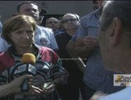 Polistena, il Ministro Maria Carmela Lanzetta contestata dai lavoratori precari della piana