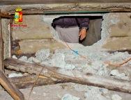 Bovalino, Polizia Scopre Bunker del latitante Rocco Mammoliti