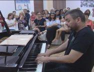 San Ferdinando, il Pianista Paolo di Sabatino incanta i turisti del Dune Blu Resort