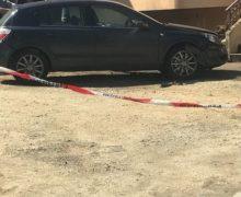 Bomba esplode sotto auto, ferito gravemente