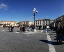 """Inaugurato """"restyling"""" piazza Palmi"""