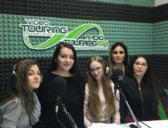 """Gli studenti del Liceo """"on-air"""" con Radio Touring 104 Fino a maggio ospiti dell'emittente con rubriche dedicata alla letteratura e alla filosofia"""