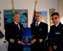 il Comandante Generale del Corpo delle Capitanerie di Porto Ammiraglio Pettorino in visita a Gioia tauro e Vibo Marina