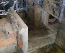 Plati', scoperto bunker adibito a serra per droga