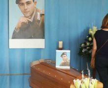 Limbadi, poche centinaia di persone ai funerali di Matteo Vinci