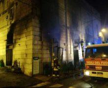 Reggio, incendiato un negozio di prodotti biologici