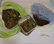 Deteneva 300 grammi di droga, arrestato