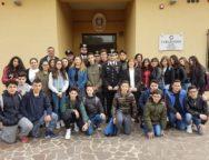 Gioia Tauro, gli studenti della scuola media di Galatro e Laureana di Borrello in visita al comando gruppo Carabinieri