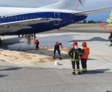 Carburante su pista aeroporto Lamezia