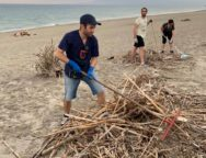 Pulizia della Spiaggia Atto II: a Gioia Tauro prosegue l'alleanza tra Sindaco e Cittadini Volontari.