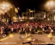 Vinicio Capossela e Paola Turci al Kaulonia Tarantella Festival 2019
