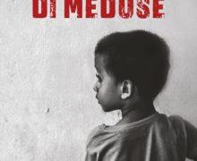 """TORNA IN MOLTE SCUOLE """"IL CACCIATORE DI MEDUSE"""", STORIA DI UN PICCOLO MIGRANTE SOMALO,  L'ULTIMO ROMANZO """"ANTIRAZZISMO"""" DI RUGGERO PEGNA"""