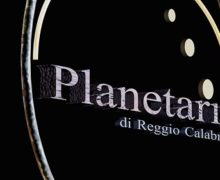 Preparazione a distanza per le Olimpiadi di Astronomia Lezioni digitali per i 13 finalisti reggini con gli esperti del Planetarium Pythagoras