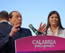 Berlusconi, Santelli brava, ma mai data Sa indicare cose da fare e persone giuste per metterle in atto