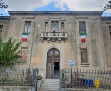 Festa della Repubblica a Caulonia, il municipio espone il tricolore