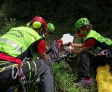 Cade in dirupo e si ferisce,recuperato da Soccorso alpino