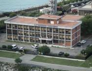 Zen Yacht non potrà più operare in porto. L'Autorità portuale di Gioia Tauro ha dichiarato decaduta la relativa concessione demaniale marittima.