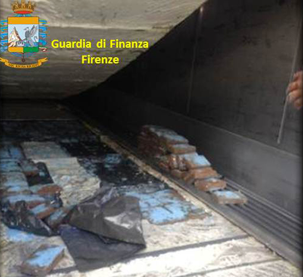 gdf-firenze-arresti-calabria-droga-operazione-febb-2015-2