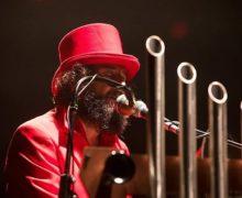 Domani sera Vinicio Capossela al Teatro dei Ruderi di Cirella