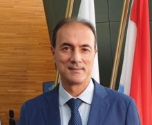 """""""Ridare al Consiglio regionale piene funzioni""""."""