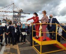 Porto di Gioia Tauro: La De Micheli inaugura il nuovo rimorchiatore