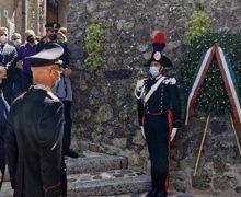 """San Giorgio morgeto. Intitolazione di una via del paese al carabiniere scelto medaglia d'argento al valor militare """"alla memoria"""" Camarda Pasquale."""