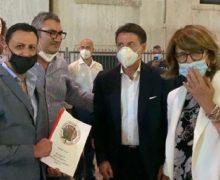 Consegnate copie dei report al gia' Premier Giuseppe Conte, all'Eurodeputata Laura Ferrara, e alla candidata a Presidente Amalia Bruni